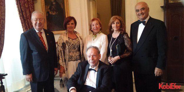 Çağımızın ünlü düşünürlerinden Dr. Edward De Bono 85 yaşında