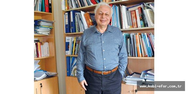 Ekonomist Seyfettin Gürsel:Ekonomi ve siyaset bıçak sırtında