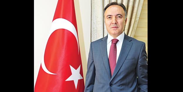 Erzurum Valisi Dr. Ahmet Altıparmak