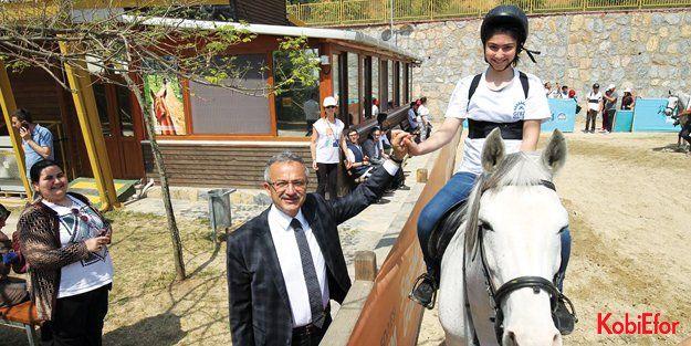 GEBZE'DE 15 BİN ÇOCUĞA ATLI BİNİCİLİK EĞİTİMLERİ