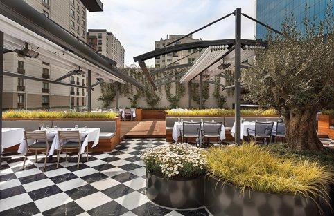 İstanbul'da yeni bir soluk; Seraf Restaurant