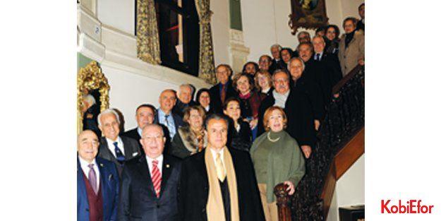 Marmara Grubu Vakfı Genel Kurulu yapıldı: Dr. Akkan Suver yeniden Genel Başkan