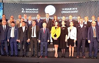 2. İstanbul Ekonomi Zirvesi'ndeTürkiye'de yatırımfırsatları değerlendirildi