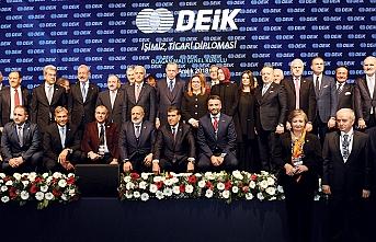 """Cumhurbaşkanı Erdoğan:""""DEİK, Türk iş dünyasının lokomotif kuruluşudur"""""""