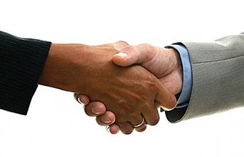 IFS 2600 kulanıcı lisansını kapsayan bir sözleşmeimzaladı