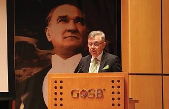 OSBDER'in Kurucu Başkanı Hilmi Uğurtaş, başkanlık bayrağını Yıldırım'dan aldı