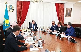 GOSB Başkanı Vahit Yıldırım, Kazakistan Başbakanı Askar Mamin ile bir araya geldi