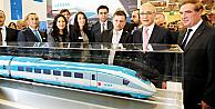 Bakan Elvan'dan, Eurasia Rail 5'te Siemens standını ziyaret