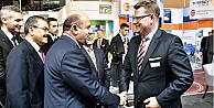 Bakan Fikri Işık'tan, IWPC 2015'te Siemens Türkiye standını ziyaret