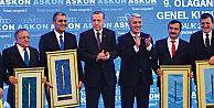 Cumhurbaşkanı Erdoğan'dan Necmeddin Şimşek'e Plaket