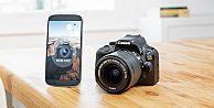 Dünyanın en küçük DSLR fotoğraf makinesi: Canon EOS 100D!