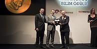 Koç Üniversitesi Rahmi M. Koç Bilim Madalyası Prof.Dr. Aydoğan Özcanın oldu