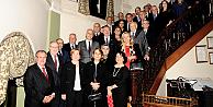 Marmara Grubu Vakfı'ndan Vali Hüseyin Avni Mutlu'ya Veda Yemeği