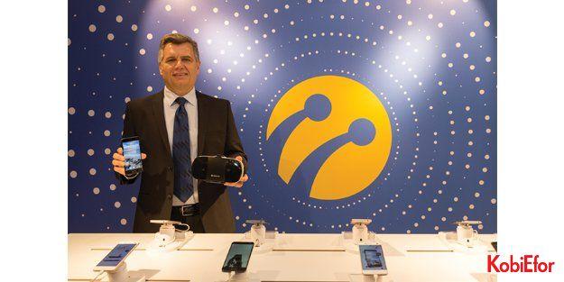 Turkcell T Serisi'nin en yeni ve en akıllı üyeleri; T80 ve T VR