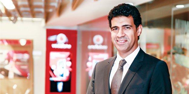 Vodafone  harcadıkça kazandırıyor
