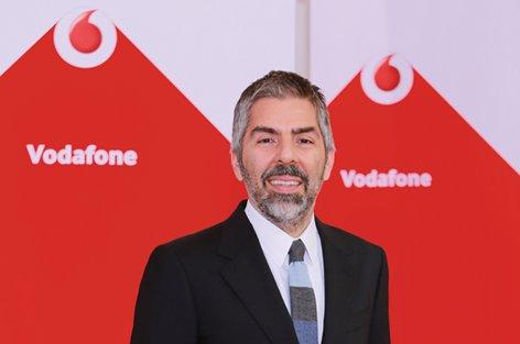 Vodafone, sivil toplum liderlerini yetiştiriyor