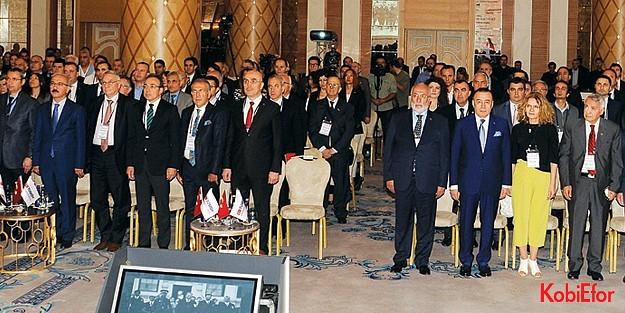 """XIII. KOBİ Zirvesi mesajını verdi: 'KOBİ değişir, Türkiye büyür"""""""