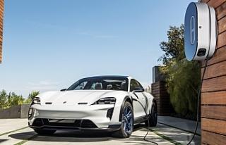 Porsche, Taycan ile elektrik çağına kalıcı bir...