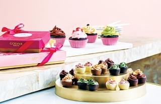 Aşkını Godiva'nın Sevgililer Günü çikolatalarıyla...