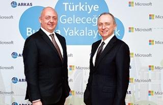 Microsoft Türkiye Arkas'ı buluta taşıdı