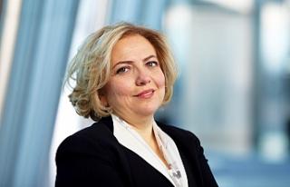 İş Bankası'nın ilk kadın Yönetim Kurulu Başkanı;...