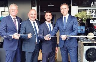 Siemens'in İzmir'deki ilk 'deneyim'mağazası...
