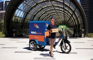 MNG Kargo elektrikli bisikletlerle dağıtım yaparak...