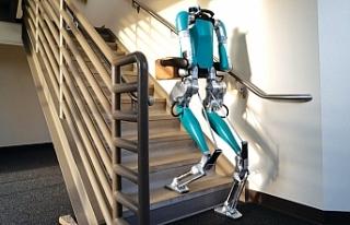 Ford insan gibi hareket eden robotu Digit'i satışa...