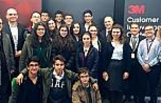 3M Türkiye'den Darüşşafaka Robot Kulübü'ne...