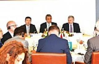 49 ülkenin başkonsolosu İTO'da toplandı