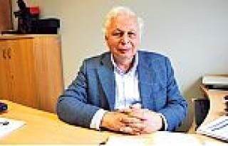 """Ekonomist Prof.Dr. Seyfettin Gürsel: """"Riskler birikti..."""