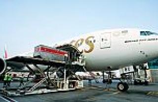 Emirates SkyCargo, Brezilya'ya aşı taşıyan charter...