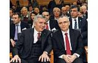 """İSO Başkanı: """"Finansal paranoyaya kapı aralamak..."""