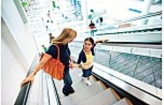 KONE yürüyen merdivenlerde, teknoloji güvenliğin...
