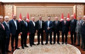 """""""Önce Türkçe Projesi""""ne destek veren Kocaeli OSB'lerine teşekkür belgesi"""