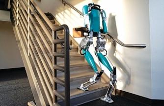 Ford insan gibi hareket eden robotu Digit'i satışa sundu
