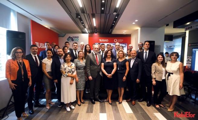Vodafone'dan TÜSİAD'ın Sanayide Dijital DönüşümProgramı'na destek