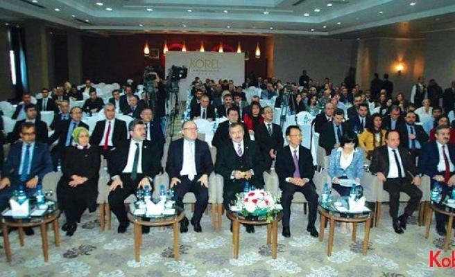"""Afyonkarahisar 3. KOBİ Zirvesi yapıldı: """"2023'te hedefimiz; 500 milyar dolar ihracat"""""""