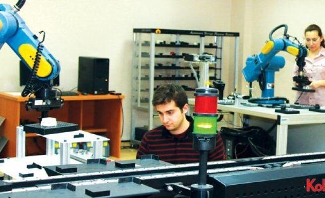 """Boğaziçi Üniversitesi 4. Sanayi Devrimi'nde """"Lojistik 4.0""""a odaklandı"""