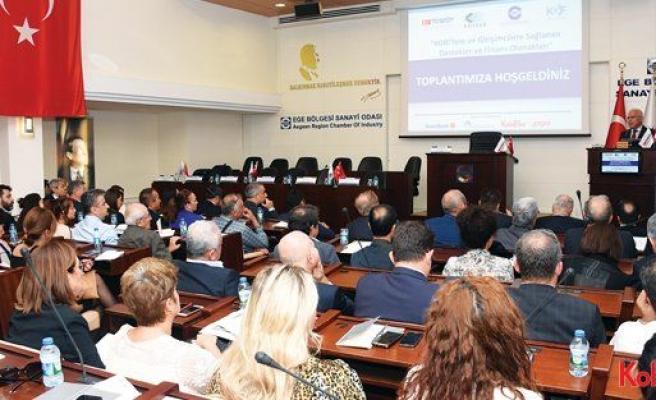İzmirli KOBİ'lere ve girişimcilere finansal olanaklar anlatıldı