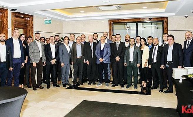 Türk Telekom ve MIT Sloan işbirliği, mezunlarını verdi